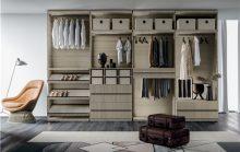 定制衣柜要不要做到顶?中山小榄装修专家告诉你